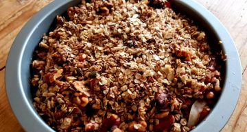 Recipe: Jennifer's Low Sugar Rhubarb Crumble